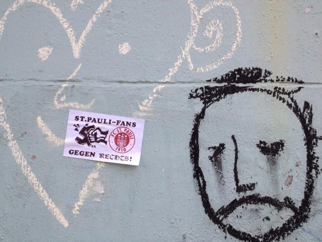St. Pauli Fans gegen Rechts Aufkleber, Hamburg Gängeviertel